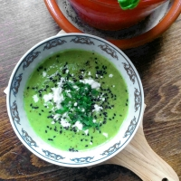 The greenest soup: leeks and peas
